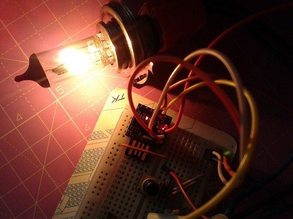Digital Switch for Examination Lamp-Experiments (3)
