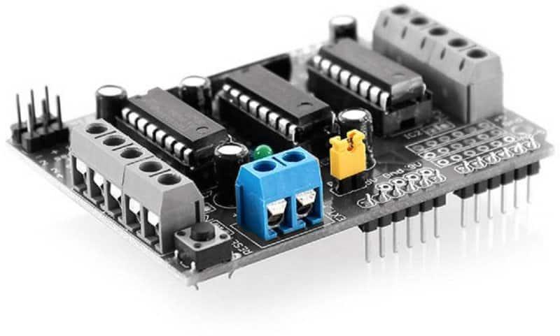 L293D Arduino Shield-External Power and Jumper Points