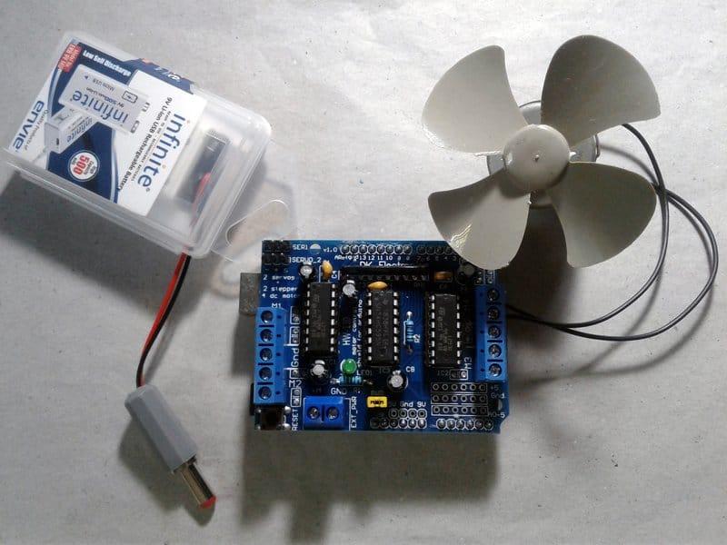 L293D Arduino Shield-Motor Test 1