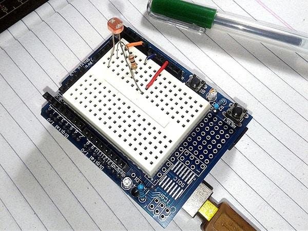 Arduino Analog LDR Test (2)